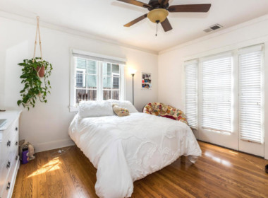 Den:Bed #3 (front house)