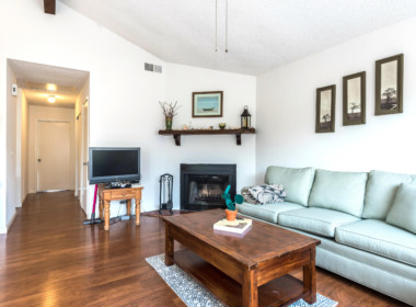 Living Room (Upstairs Duplex)