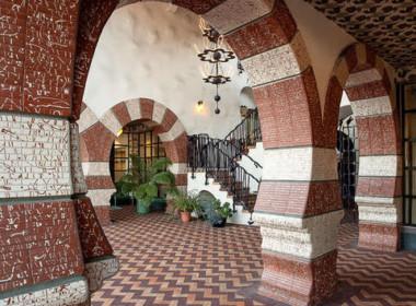 Mezquita Cordoba arches