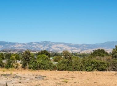 1670 - mountain views (cropped)