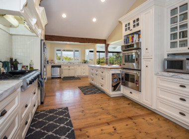 Beautiful and spacious remodeled kitchen
